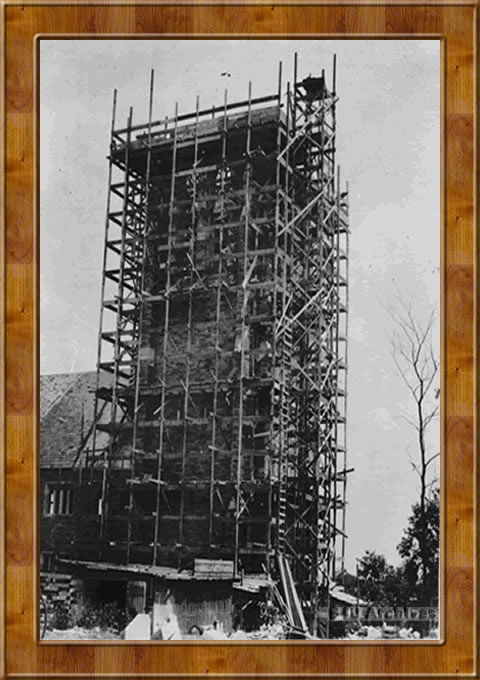 The Barbelin Tower under construction ,1926